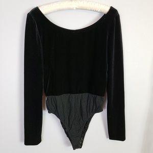 Rimini Vintage black velvet bodysuit long sleeve